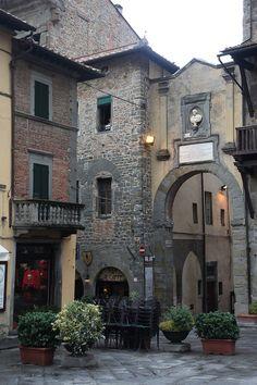 Cortona, Tuscany, Italy by rick ligthelm