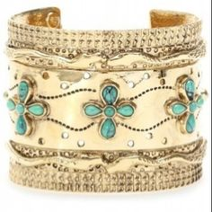 Love the gold & Turquoise!