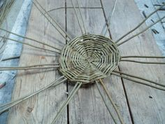 Uprights are now pushed into the round base. Waste Paper, Paper Basket, Basket Weaving, Wicker Baskets, Base, Handmade, Hand Made, Craft, Woven Baskets
