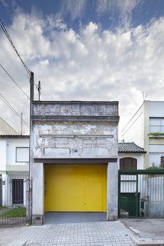 Image 12 of 12 from gallery of Loft Vasco / ILLA. Amazing Architecture, Architecture Details, Yellow Doors, Apartment Makeover, Loft Studio, Industrial Loft, Little Houses, Minimalist Home, Door Design