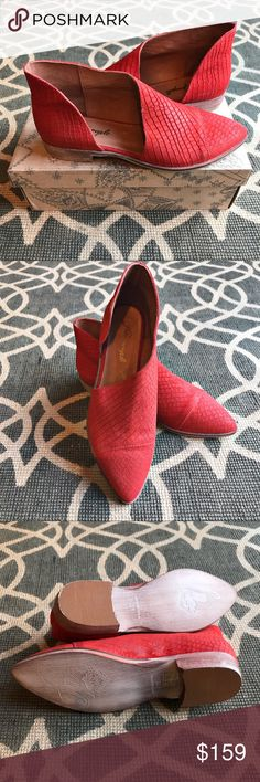 """Free People Royale Flat red new in box 39 BNIB Free People Royale Flat. Size 39 (fits more like an 8.5 in my opinion). Snake/croc embossed red leather.   Show off some skin or a favorite pair of tights or socks with this cap-toe boot featuring a refreshing twist on d'Orsay style. 1"""" heel, 4"""" shaft (size 39). Leather upper and lining/synthetic sole. By Free People; made in Spain. Free People Shoes Flats & Loafers"""