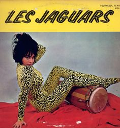 Les Jaguars. See THIS is what ALL animal print looks like to me. I cannot believe it's still a fashion.