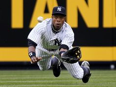 Curtis Granderson making a great diving catch