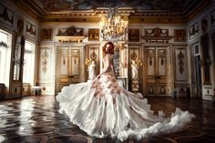 This timeless bridal portrait featuring a rose gold feather gown is taking our breath away! Bridal Gowns, Wedding Gowns, Gold Feathers, Queen Dress, Curvy Dress, Neck Scarves, Grace Kelly, Bridal Portraits, Wedding Styles