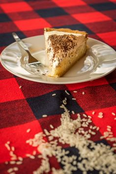 Rijstevlaai uit Limburg, zo bak je die.  #recept #rijstevlaai #HHB #bakken Tiramisu, French Toast, Cupcake, Breakfast, Ethnic Recipes, Food, Cooking Recipes, Morning Coffee, Cupcakes
