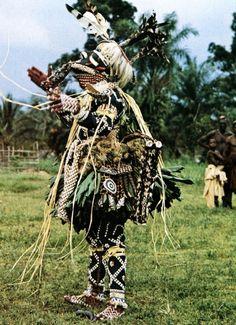 Kuba peoples, Democratic Republic of the Congo, dance of bwoom mask. Photo by Angelo Turconi.