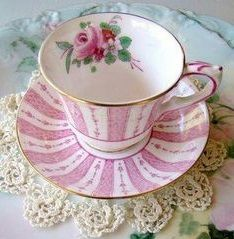 Pink and White porcelain cup and saucer. Coffee Cups, Tea Cups, Fruit Tea, China Sets, Chocolate Pots, Tea Accessories, Tea Cup Saucer, Tea Time, Tea Party