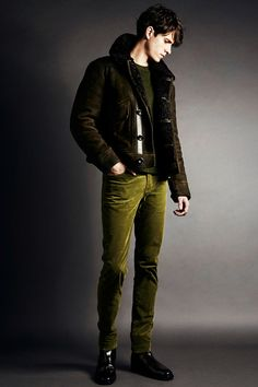 Tom Ford Pre-Fall 2014. Greens like these never really go out of style. Pair with anything brown to create a sophisticated organic style.