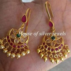 bridal jewelry for the radiant bride Jewelry Design Earrings, Gold Earrings Designs, Gold Designs, Ruby Jewelry, India Jewelry, Ethnic Jewelry, Gold Bangles Design, Gold Jewellery Design, Bridal Jewelry