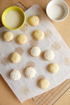 Lime butter drops with coconut from @Patricia Scarpin