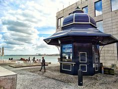 Na Ribeira das Naus - Corta-fitas Bude, Kiosk, Halle, Bar Interior, Famous Places, Store Fronts, Shops, Portuguese, Places To See