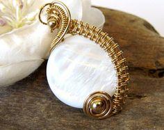 Mutter der Perle Anhänger - Metalsmith Halskette - Opal Schmuck ...
