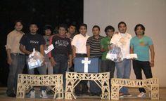 El día de ayer, jueves, 15 de noviembre de 2012, alumnos del Tecnológico de Motul ganaron los tres primeros lugares, en la categoría de Prueba de Resistencia del 4o. Concurso Estatal de Puentes.