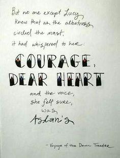 mas ninguém, exceto Lucy, sabia que, como o albatroz cardadas passado, tinha sussurrou para ela: coragem, querido coração e a voz, ela tinha certeza, era Aslan. - but no one except Lucy, knew that as the albatross cirded the nast, it had whispered to her:  courage, dear heart and the voice, she felt sure, was Aslan's.