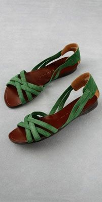 Womens Fashion on Share Sunday I love the green suede on these sandals by Chie Mihara. Theyd be an easy and stylish stand-by for the warmer days ahead. Cute Shoes, Me Too Shoes, Women's Shoes, Shoe Boots, Ankle Boots, Low Heel Sandals, Low Heels, Suede Sandals, Flat Sandals