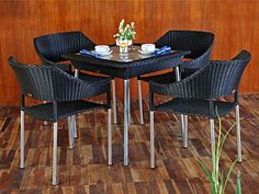 Naomi dining set furniture. Project for Piguno