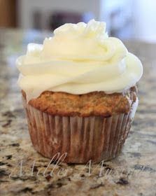 Miller Musings: Carrot Pineapple Cupcakes with Cream Cheese Icing & Cupcake Icing Tutorial