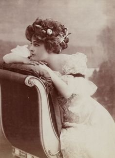 Suzanne Madeleine Thérèse (known as actress Genevieve Lantelme)