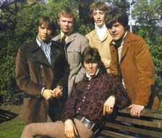 Bee Gees 1967 with Colin Petersen and Vince Melouney