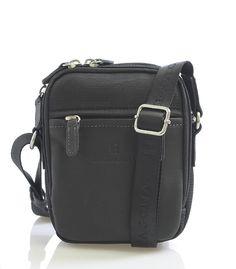 #hexagona Pánská černá polo-kožená taška přes rameno na zip. Dvě hlavní přihrádky na zip, dále jedna kapsa se zipem a dvě bez zipu. Zepředu i zezadu kapsa na zip. Součástí tašky je nastavitený popruh z nylonu. Materiál - předek + úchyty z hovězí kůže, ostatní části nylon.