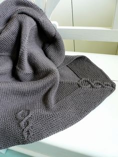 Ravelry: Quadrature for Korrigan pattern by Solenn Couix-Loarer