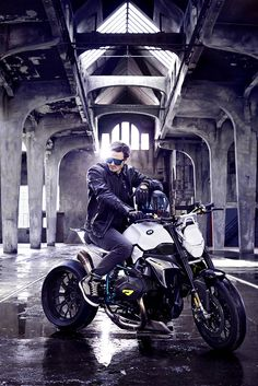 bmw-concept-roadster-motorcyle