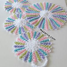 Hello Kitty Crochet, Crochet Bedspread, Crochet Faces, Crochet Decoration, Crochet Kitchen, Unique Crochet, Christmas Candles, Baby Knitting Patterns, Crochet Crafts
