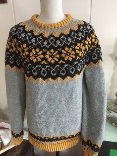 Ravelry: Sundrops / Solgløtt pattern by Vanja Blix Langsrud Sewing Stitches, Knitting Patterns, Icelandic Sweaters, Fair Isle Pattern, Fair Isle Knitting, Nordic Style, Knit Crochet, Men Sweater, Knits