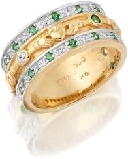~claddagh...emeralds...and diamonds this ring is perfect~<3