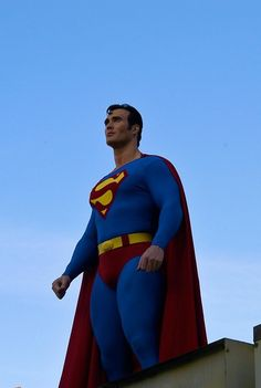 The Superman Suit Thread - Part 4 - Page 10 - The SuperHeroHype Forums Superman Suit, Superman Love, Superman Cosplay, Dc Cosplay, Best Cosplay, Superman Pictures, Comic Costume, Chris Hemsworth Thor, Bonnie Tyler