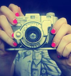 Random,camera,fun,nails,photography,pink-dea6284dd92bfcf15714937a1d29aa2f_h_large