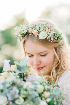 Hochzeitsfotografie — Hals über Kopf Boho Stil, Crown, Fashion, Wedding Photography, Newlyweds, Wedding Dress, Moda, Corona, La Mode