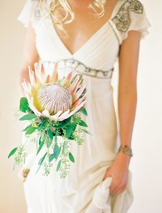 Single Stem Flower for Bridesmaids :  wedding bouquet flower king proteas magnolia single stem