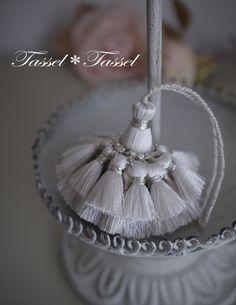 画像5つ目 絹鳴りするシルク糸でシンプルなタッセルつくりましたの記事より