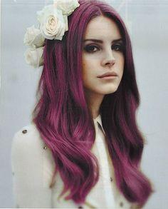 Lana Del Rey is the latest internet musical sensation – the fatal combination of looks and talent. Lana Del Rey is her stage n. Plum Hair, Purple Hair, Pastel Hair, Violet Hair, Brown Hair, Red Purple, Brown Eyes, Reddish Hair, Pastel Blue