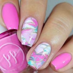 31 Looks: Nails for Valentine's Day > CherryCherryBeauty.com Source: justagirlandhernails / Instagram