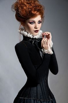 Victorian Steamgoth Couture - For costume tutorials, clothing guide, fashion inspiration photo gallery, calendar of Steampunk events, & more, visit SteampunkFashionGuide.com