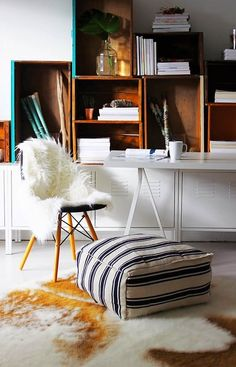 9 IKEA Rugs: Inexpensive Hacks + Clever DIY Projects that craft seat coverings, art, and fashion from every day IKEA fabrics. These are perfect projects for every room of the house! Diy Projects Ikea, Diy Projects Apartment, Home Office, Inexpensive Home Decor, Easy Home Decor, Ikea Rug, Ikea Ikea, Ikea Duvet, Eco Furniture