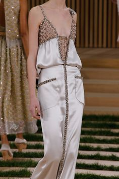 Chanel Spring 2016 Couture Fashion Show Details                                                                                                                                                                                 More