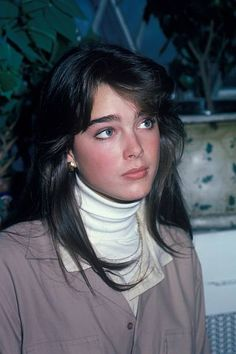 Actress and model Brooke Shields at the studio of fashion photographer Francesco Scavullo on October 15 1981 in New York City Brooke Shields Young, Celebrity Photography, Beautiful Actresses, Beautiful Celebrities, Hair Goals, Pretty People, Hair Cuts, Hair Beauty, Hairstyle