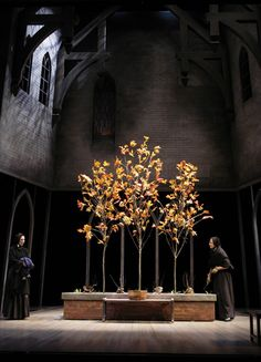 Loved by pathosconsulting.nl These trees seem quite holy. We love it! Set design by Todd Rosenthal.