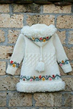 Ideas for crochet baby poncho for kids Ideas for crochet ba. : Ideas for crochet baby poncho for kids Ideas for crochet baby poncho for kids Baby Knitting Patterns, Baby Sweater Patterns, Knitting For Kids, Crochet For Kids, Cardigan Pattern, Crochet Ideas, Crochet Patterns, Free Knitting, Kids Poncho