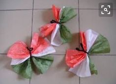 Pillangók Uae National Day, Diy And Crafts, Crafts For Kids, Tissue Paper Flowers, Republic Day, Motor Activities, Classroom Decor, Origami, Kindergarten