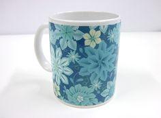 Beautiful mug. Design by Sabine Reinhardt via patterndesigns.com / fineartprint.de. Decorating Your Home, Presents, Canning, Mugs, Patterns, Tableware, Beautiful, Design, Products
