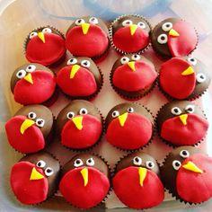 Robin cupcakes