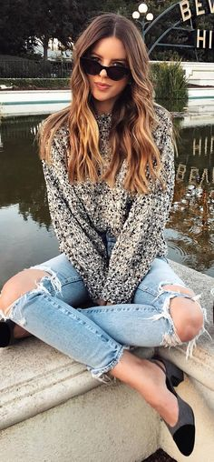 cute outfit_sweater + ripped jeans + shoes