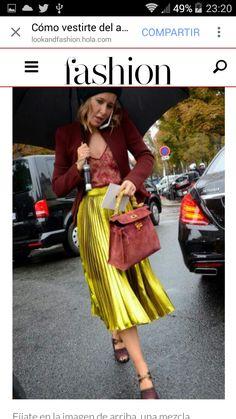 Jewel toned Gucci look. Paris : Jewel toned Gucci look. Fashion Week Paris, Fashion Weeks, Mode Chic, Mode Style, Style Me, Look Street Style, Street Chic, Paris Street, Look Fashion