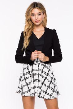 Блейзер Размеры: L Цвет: черный, винный/бордо Цена: 1802 руб.     #одежда #женщинам #блейзеры #коопт