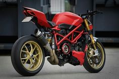 Ducati streetfighter 848 panigale...