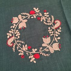 夏休みのチクチク。 #刺繍 #embroidery #樋口愉美子 #リネン